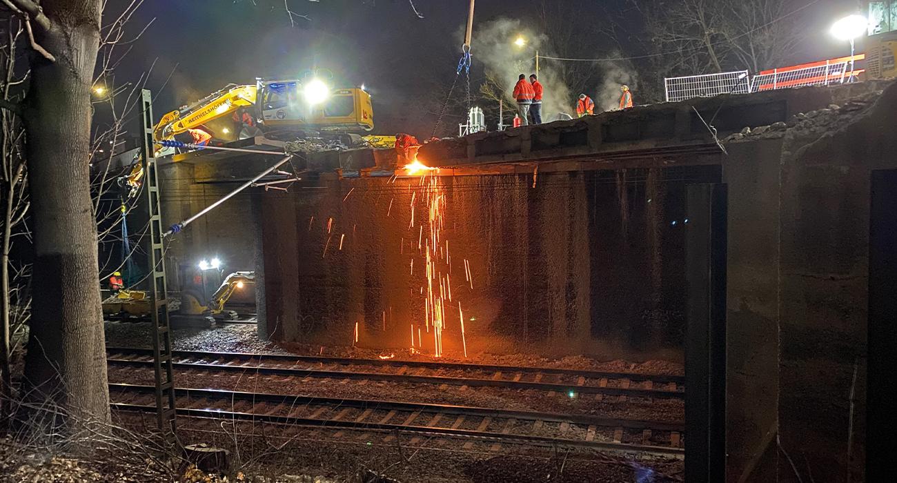brueckenbau-nuernberg-gleis-sicherheit