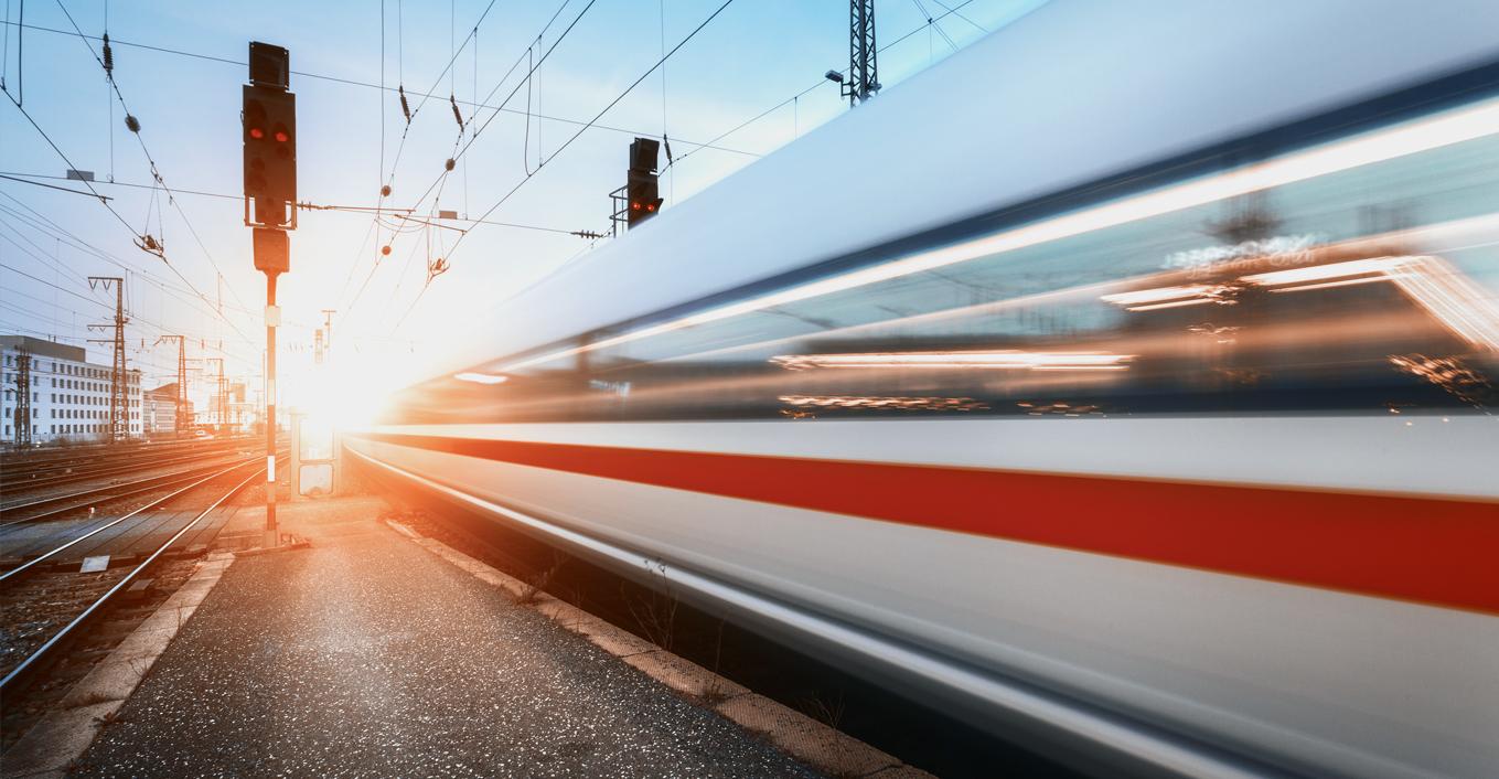 deutschebahn-bahnhof-ice-bahntechnik